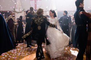 Toby Regbo e Adelaide Kane - Matrimonio di Francis delfino di Francia e Mary