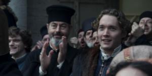 """""""I Medici 3"""" – Ep. 3 – Il Magnifico rientra vittorioso a Firenze (Tommaso è tra coloro che lo applaudono)"""