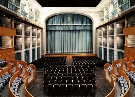 Interno Teatro Arena del Sole Bologna