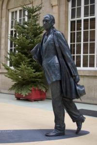 Statua di Philip Larkin a Yorkshire