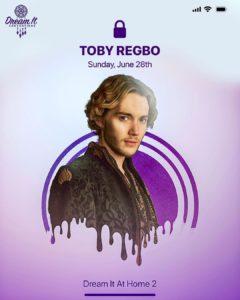Toby Regbo: smaltati di azzurro. Toby Regbo – Dream It At Home 2 (Instagram – Dream It Conventions)